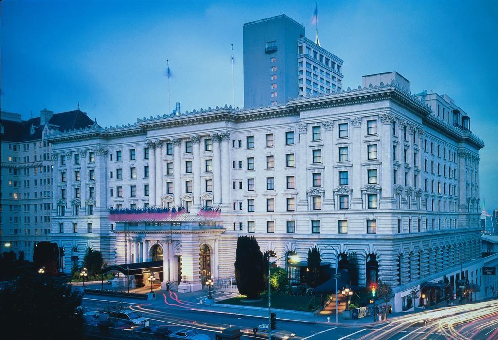 فندق الفيرمونت في سان فرانسيسكو في أمريكا